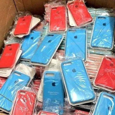Fiscalía incauta accesorios de celulares falsificados por G.600 nillones