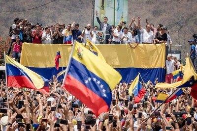 Guaidó prepara marcha nacional con miras al palacio presidencial