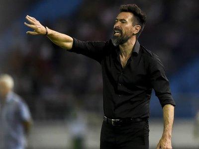 Nacional uruguayo destituye al entrenador argentino Eduardo Domínguez