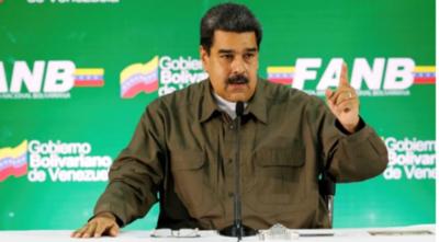 Nicolás Maduro pide renuncia de todo su gabinete
