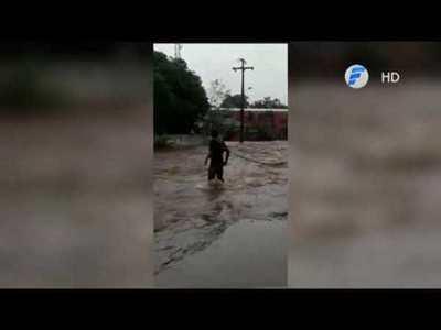 Otro heroico rescate a raíz de inundaciones.