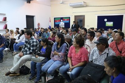 Ministerio de la Vivienda y referentes sociales buscarán soluciones habitacionales