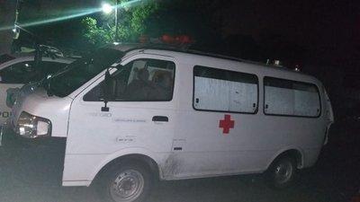 Usan ambulancia para robo en Acepar