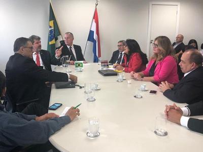 Paraguay y Brasil afianzan cooperación fronteriza