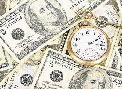 El dólar sube en el arranque de la semana