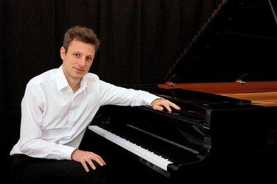 Recital de piano para la mano izquierda