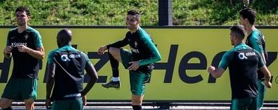 Cristiano Ronaldo vuelve a entrenar en Portugal