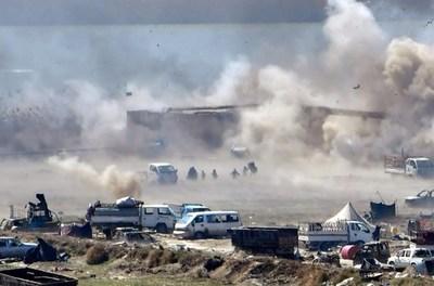 Los últimos yihadistas de Baghuz, acorralados a orillas del Eufrates