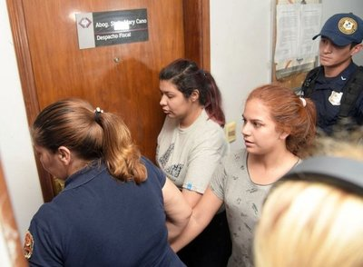 Joven presa por caso de quíntuple homicidio pide su libertad – Prensa 5