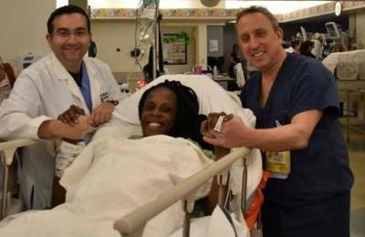 Mujer dio a luz a seis bebés en menos de diez minutos