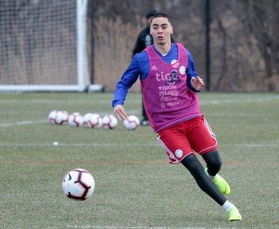 La selección paraguaya sigue sumando minutos de trabajo