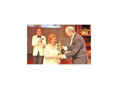 Galardón Edda de los Ríos premió lo mejor del teatro
