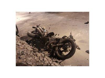 Quiso esquivar a motociclista que pasó luz roja y mató a otro