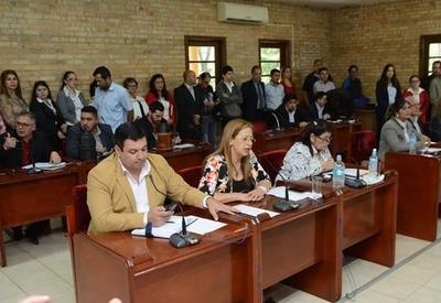 Junta Municipal aprueba convenio con federación ligada al clan Zacarías