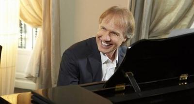 HOY / El pianista Richard Clayderman se presenta en Paraguay