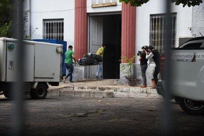 Se inicia autopsia para identificar cadáveres