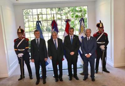Jefe de Estado anuncia adhesión  de Chile a candidatura conjunta para el Mundial 2030