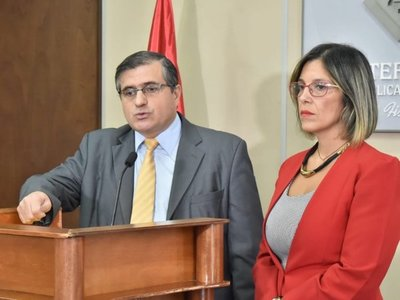Recusan a fiscal que investiga a Sandra McLeod y Javier Zacarías