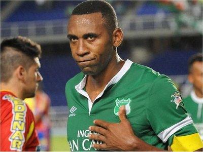 John Viáfara en la lista de figuras del fútbol salpicadas por narcotráfico