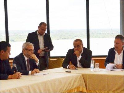 Comisión que investiga a Messer pretende rever sanción para Cartes