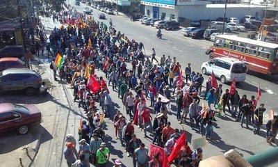 Grupos de campesinos preparan la 26º marcha por la reforma agraria