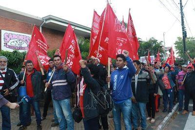 Marcha anual de campesinos en busca de la reforma agraria