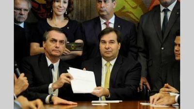 Bolsonaro presentó la reforma previsional militar