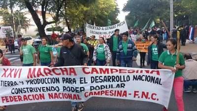 FNC realiza su 26ª marcha reclamando tierras y apoyo a la producción