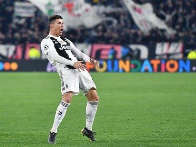 """La UEFA castiga a Ronaldo por su """"conducta inapropiada"""""""