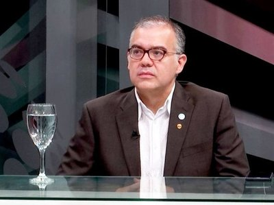 """Cementera italiana: no hablaron de """"plagio"""" del grupo Cartes, según Ullón"""
