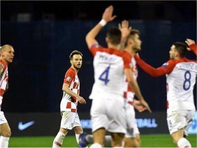 Croacia arranca el camino a la Eurocopa con sufrida victoria