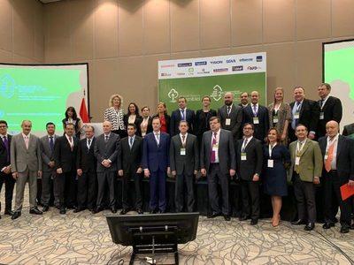 Buscan fortalecer lazos por finanzas sostenibles
