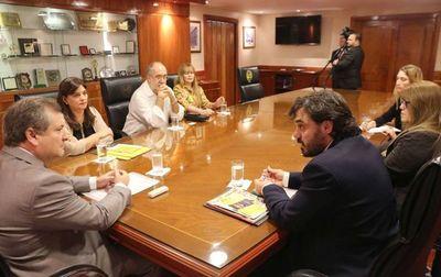 Titular de la CSJ se reunió con miembros del MNP
