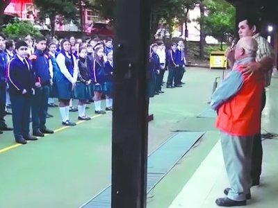 """Abuelo patriota: """"Me decían: 'cuando suene el himno, cantá'"""""""
