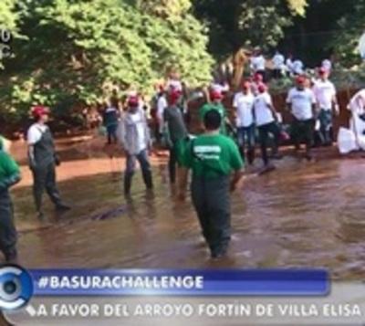 Intensa jornada de limpieza en arroyo Fortín de Villa Elisa
