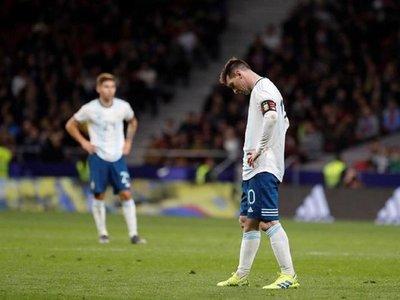 Messi revive la frustración en Argentina