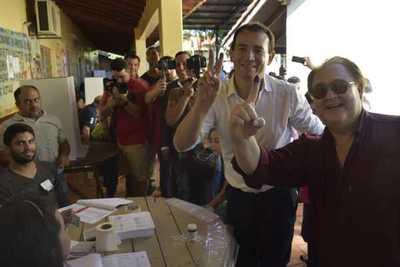 Wilberto Cabañas es el candidato colorado a la intendencia de CDE