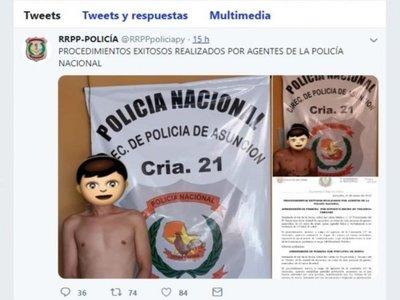 Hasta para cubrir las caras de los detenidos usan los emojis del wasap