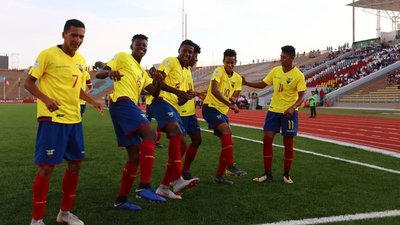 Ecuador se hace líder del Grupo A