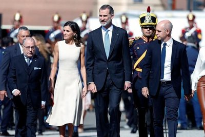 Los reyes de España inician visita a Argentina