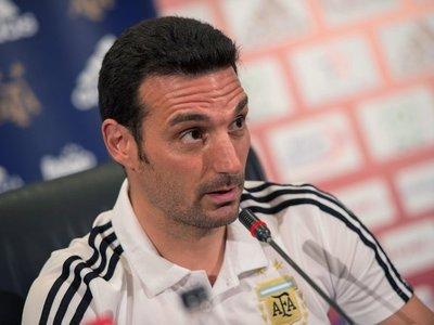 """Scaloni, consciente de que Argentina """"debe mejorar su imagen"""""""