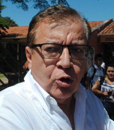 "Nicanor afirma que no pagará ""facturas dudosas"""