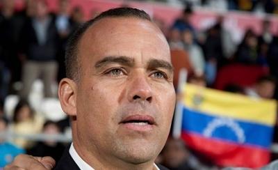 HOY / Dudamel elude comparecer y su futuro se resolverá en Venezuela