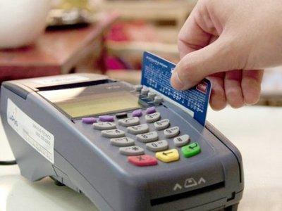 ARPY y Bancard negocian tasas para tarjetas de crédito