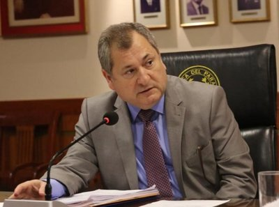 "Invocan a presidente de la CSJ para ""favores"""