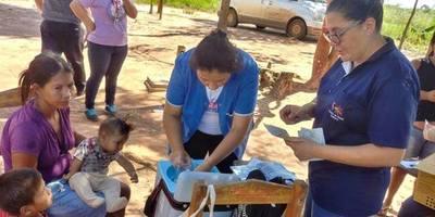 Ante baja cobertura sanitaria en Itakyry asisten a indígenas en sus comunidades