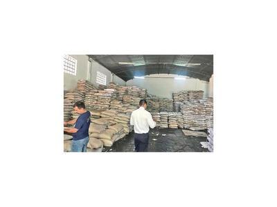 Decomisan 200  toneladas de azúcar en San Lorenzo