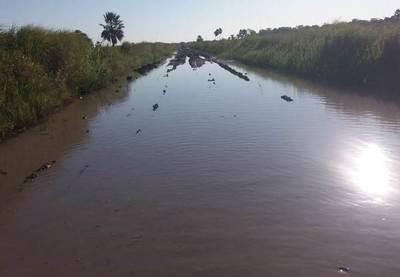 Pobladores de Itacuá tratan de mentiroso a Gobernador