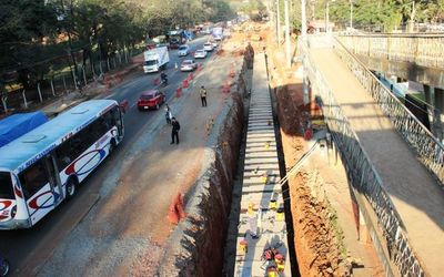 Crearán comisión bicameral para investigar proyecto metrobús