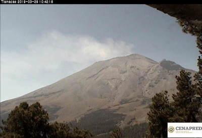 Elevan a fase 3 la alerta por la actividad del Popocatépetl en México